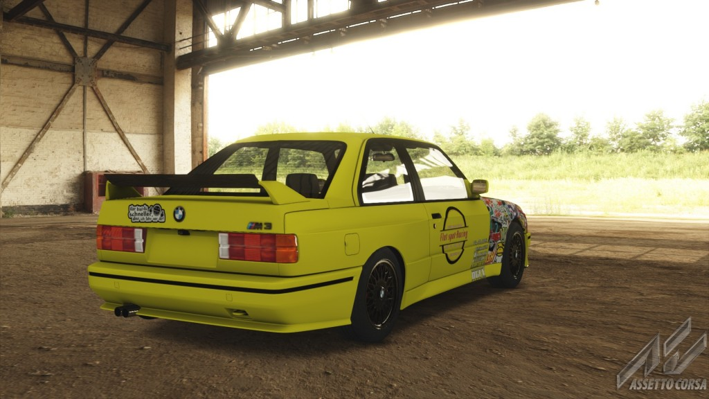 Showroom_bmw_m3_e30_21-2-2015-3-15-49.jpg